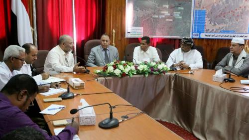 الأشول يطلع على نشاط مكتب الصناعة في وادي وصحراء محافظة حضرموت