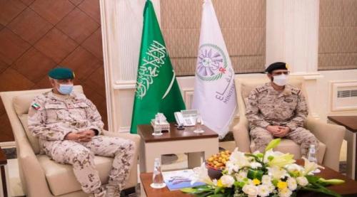 عاجل.. اجتماع عسكري سعودي-إماراتي بشأن العمليات العسكرية في اليمن